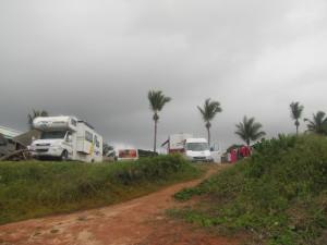 """La Combi junto a otras """"primas mayores"""" en el Camping Praia do Amor"""