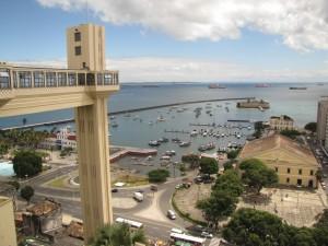 El elevador Lacerda que te sube hasta el Pelourinho, en Salvador